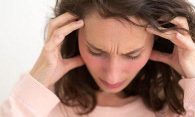 vrouw in stress vanwege geldproblemen