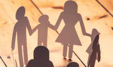 Illustratie van een gezin in armoede